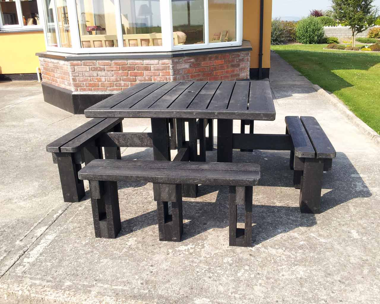 8 seater picnic table without back