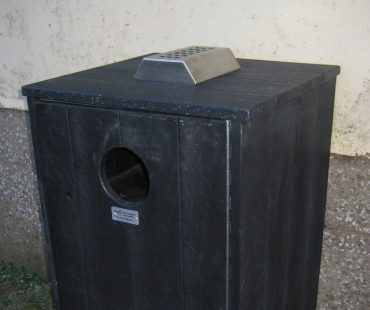 Litter Bin With Ashtray