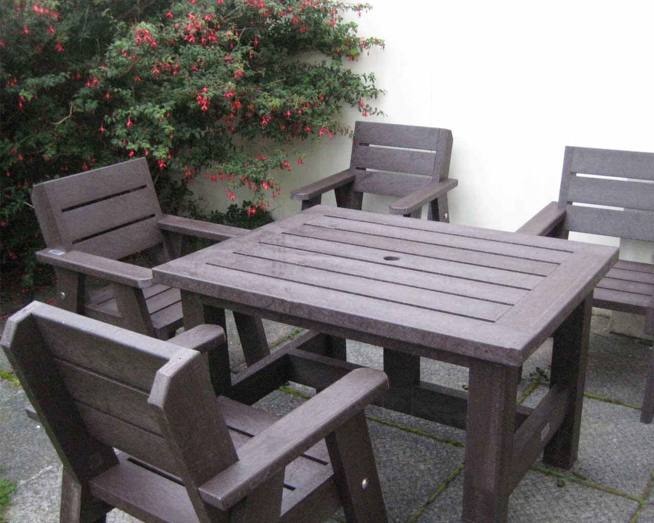 Rectangular Table & Chairs